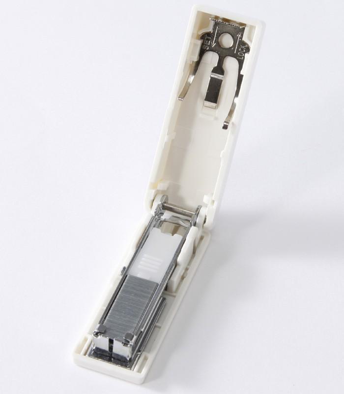MUJI 無印良品 - 聚碳酸酯攜帶式訂書機  - 1入